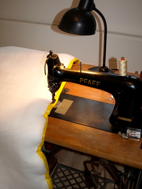 Sewing the ultralight quilt liner to the Climashield Apex with a Pfaff 134. Kaiser Idell as sewing light